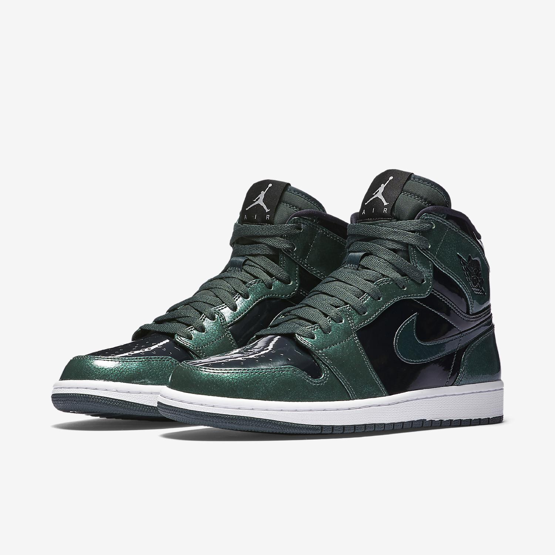 air-jordan-1-retro-high-green-black-white-332550-300