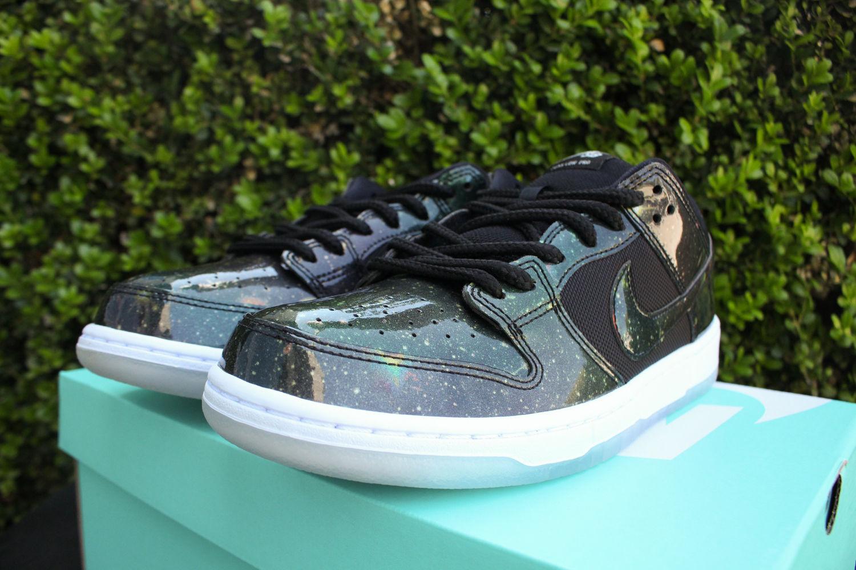 cc702feb6af0 Nike SB Dunk Low Galaxy 420 883232-001 2 – Housakicks