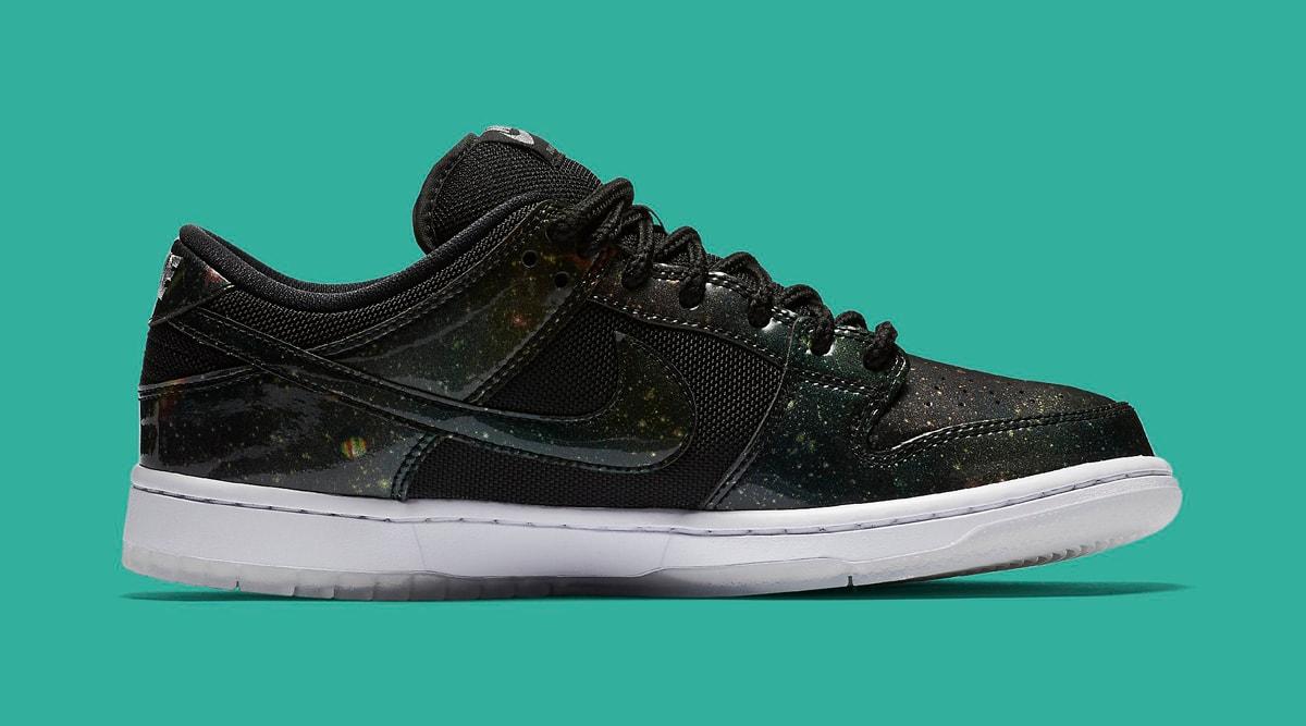 classic fit 9cc0b a1331 ... SB Dunk Low Galaxy 420 883232 001. Img via Nike