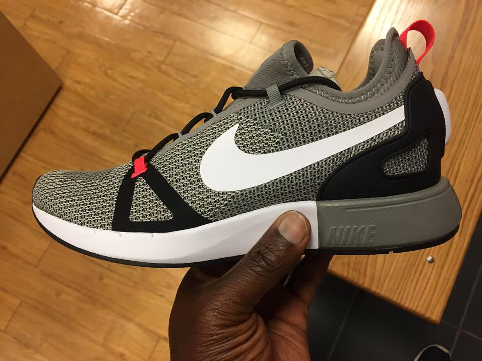 Nike Chaussures Noir Avec Coureur Duelliste Zfo8U