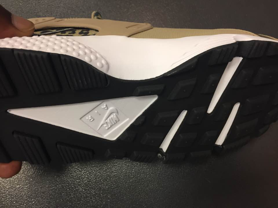 25641adcc0f Women s Nike Air Huarache SE Leopard Print Khaki White 725076 200 3 ...