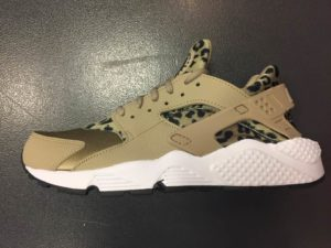 eac03a3edcd Women s Nike Air Huarache SE Leopard Print Khaki White 725076 200 ...