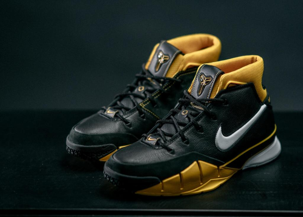 f2cb4384c966 Nike Zoom Kobe 1 Protro Built Predominantly For Performance – Housakicks