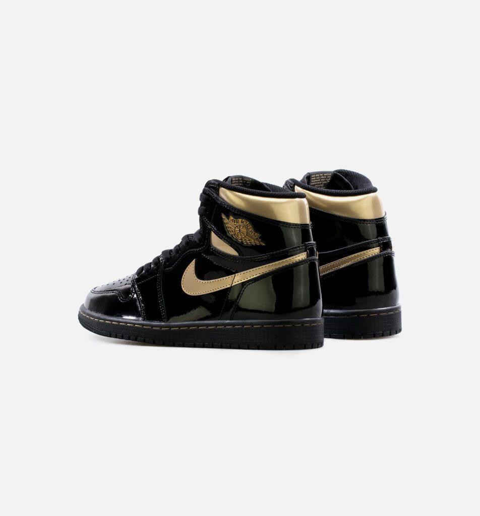 Air Jordan 1 High Black Metallic Gold 555088-032
