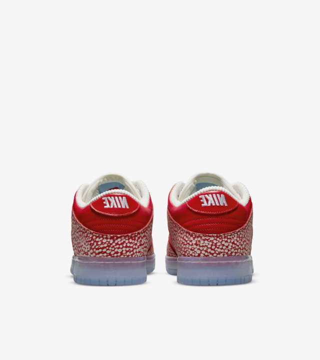 Nike SB Dunk Low Stingwater Magic Mushroom DH7650-600