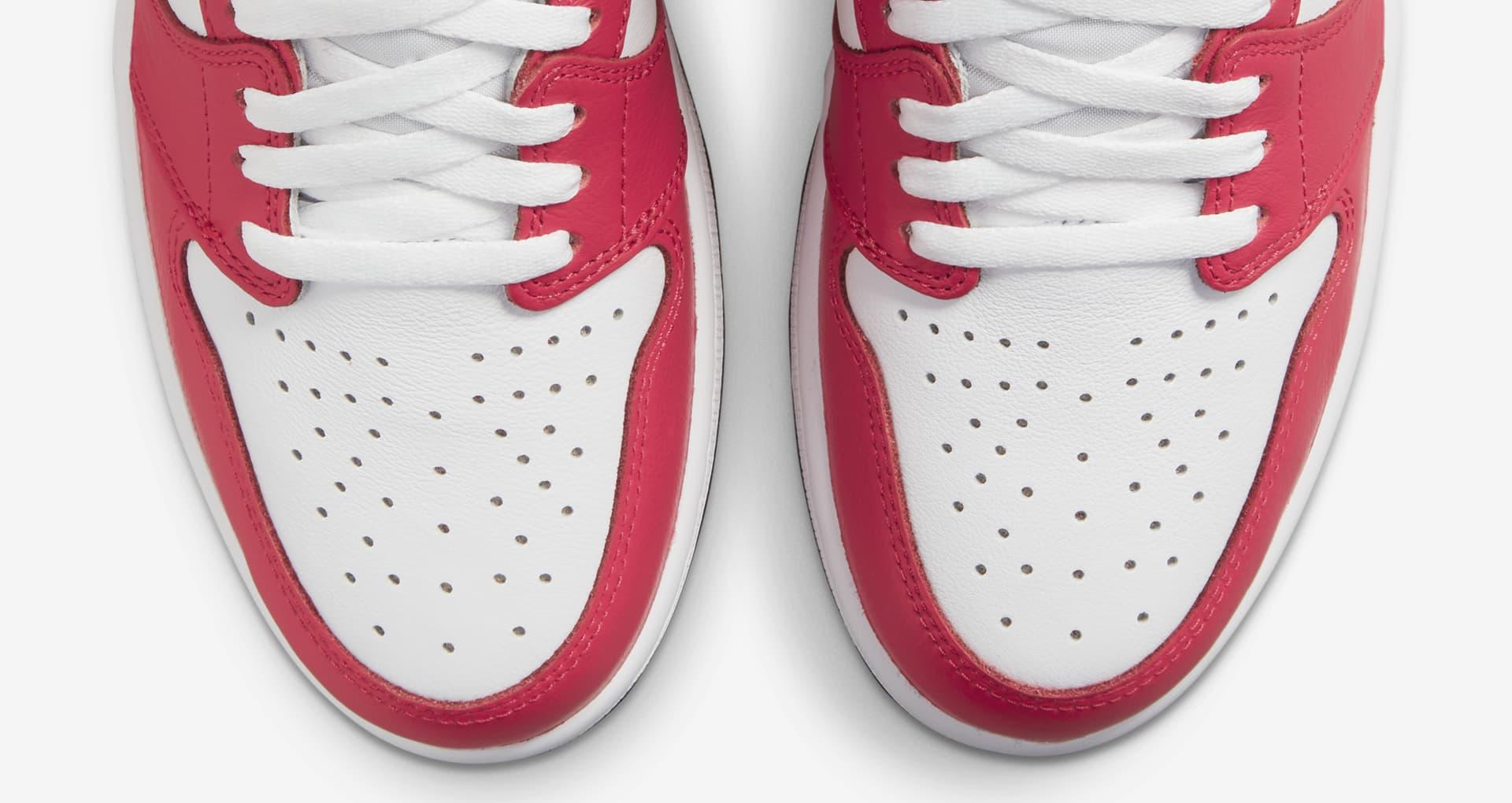Air Jordan 1 High OG Light Fusion Red 555088-603
