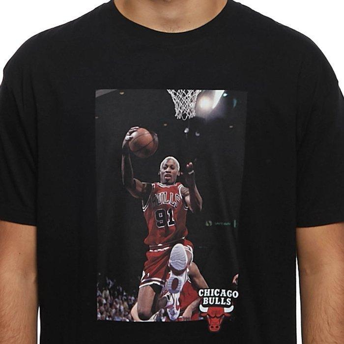 Dennis-Rodman-Chicago-Bulls-black-Off-Court-Tee
